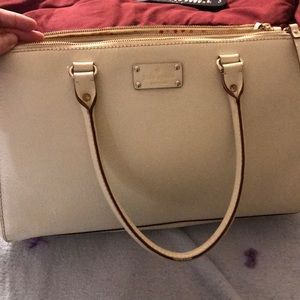 Authentic Kate spade Wellesley martine porcelain